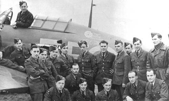 Polish 303 Ground Crew, Lenconsfield