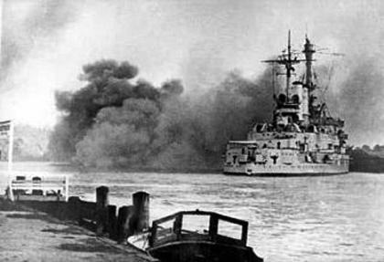 SMS Schleswig-Holstein fired first shots at Polish base at Westerplatte, Gdansk port